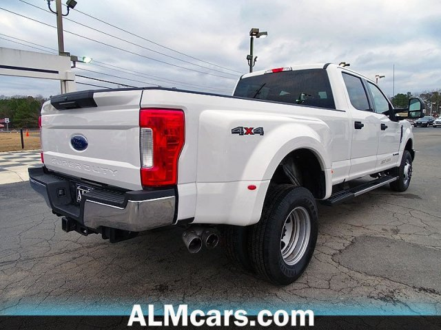 Pre-Owned 2018 Ford Super Duty F-350 DRW XLT