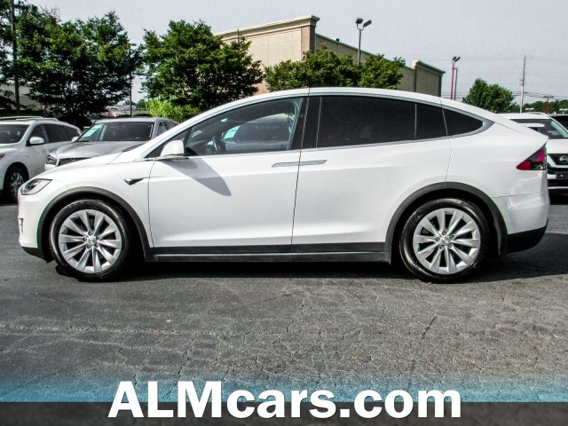 Pre-Owned 2017 Tesla Model X 75D