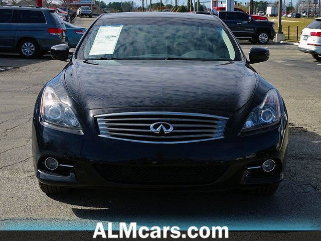 Pre-Owned 2014 INFINITI Q60 Coupe Base