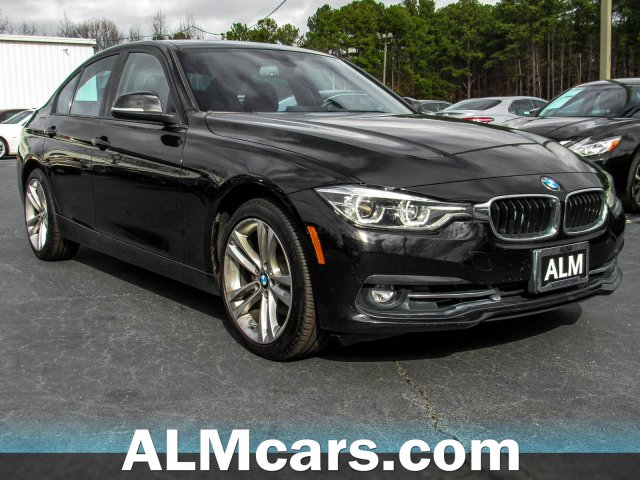 Pre-Owned 2018 BMW 3 Series 330i xDrive