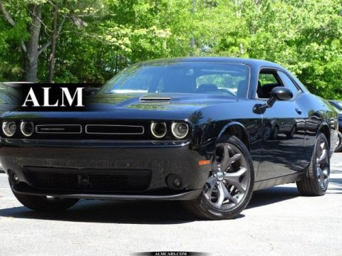 Pre-Owned 2018 Dodge Challenger SXT Plus